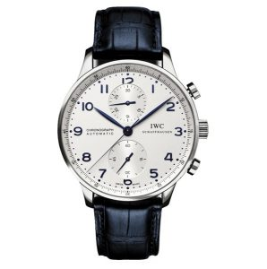 As one of the most popular watches of IWC, this fake IWC with the delicate appearance also attracted a lot of people.