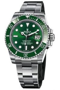 As one of the most popular watches, this fake Rolex watch completely shows the classical appearance.