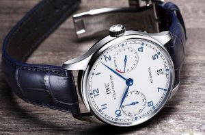 IWC fake watches with white dials are exquisite and concise.