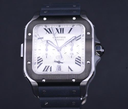 The Cartier chronograph has been designed to be simple and elegant.