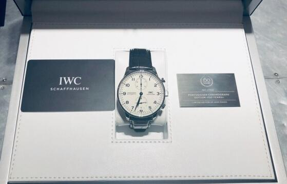 The elegant design of the IWC has attracted lots of men.